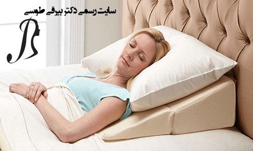 نحوه صحیح خوابیدن بعد از عمل بینی